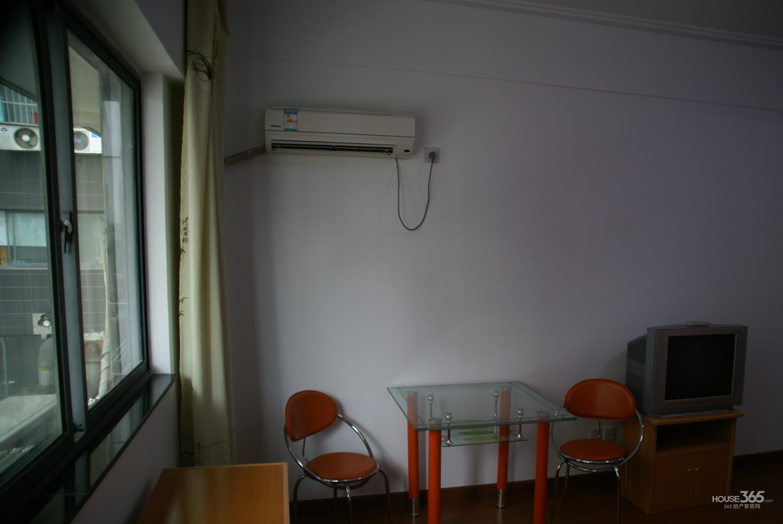 翰林雅居1室0厅1卫27万元34.52平方