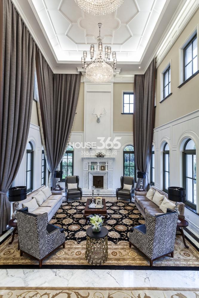 钟山国际高尔夫别墅样板间——客厅