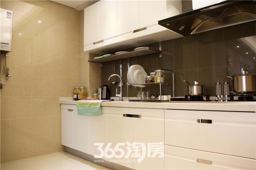 新华联梦想城89平样板间—厨房