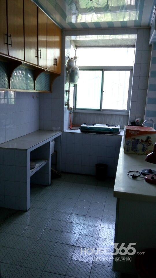 陕机司家属院2室1厅1卫75㎡整租中装